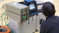 映像制作撮影現場。波形をモニタリングして高画質な映像を提供。